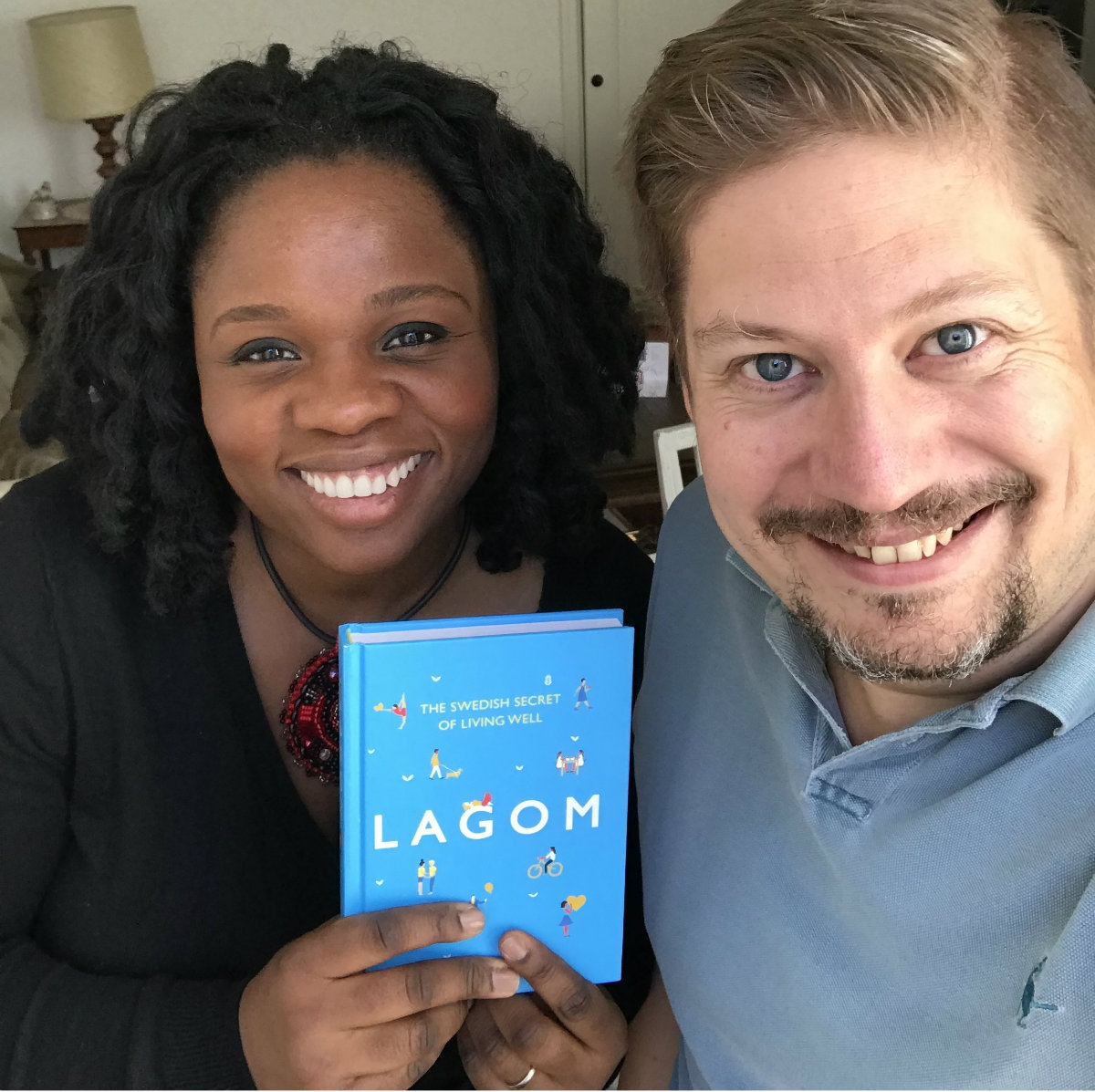 EP 18 Lola and the book Lagom